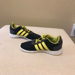 Little boys Adidas tennis shoes